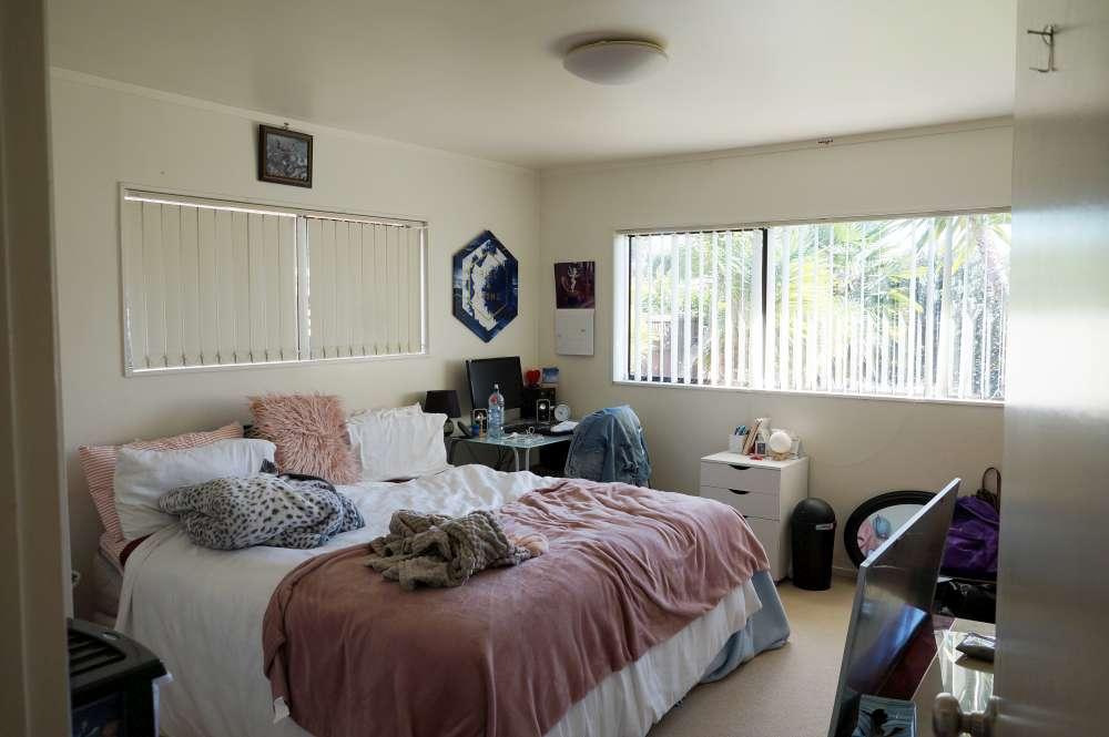 room2-before-1000 Interior Painting Cost Calculator (NZ) Updated 2020 by Superior Painters ®